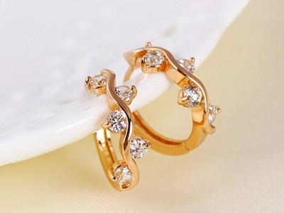 Elegans-szines-kristalyos-rozsa-arany-fulbevalo