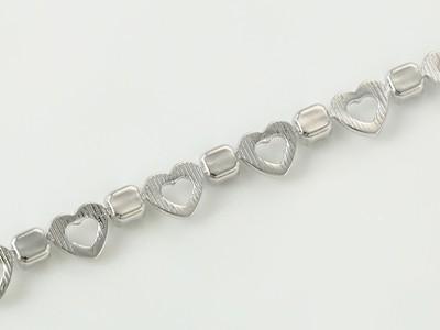 Szív láncszemes kristályos ezüst-ródium karkötő