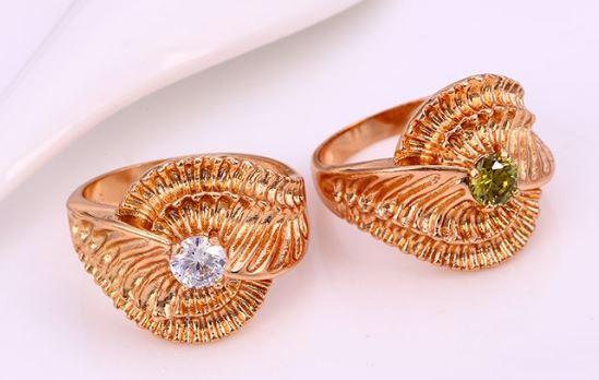 exkluzív gyűrű